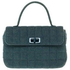 Amazing Chanel 2.55 handbag in blue denim