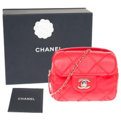 Amazing chanel Purse/Wallet in red leather and silver hardware