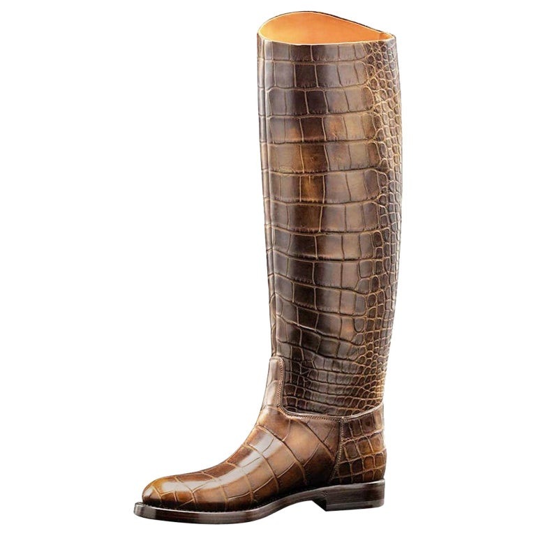 Amazing GUCCI Exotic Crocodile Skin 1921 Collection Crest Riding Style Boots For Sale