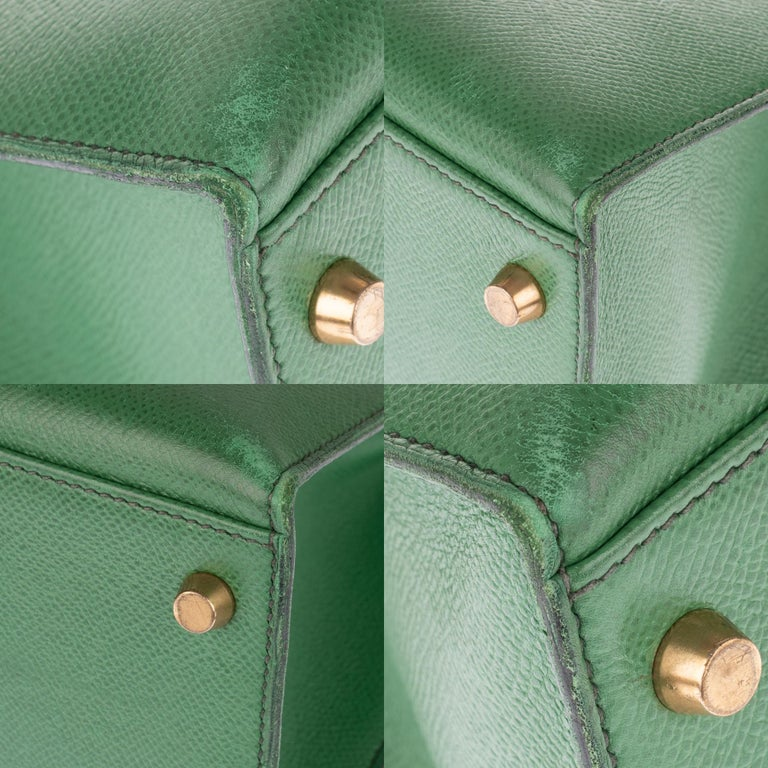 Amazing handbag Hermès Kelly 32 sellier with strap in green courchevel leather ! 4