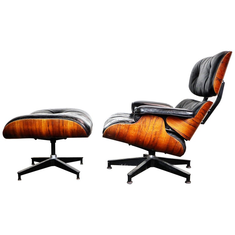 Amazing Herman Miller Eames Lounge Chair and Ottoman For Sale