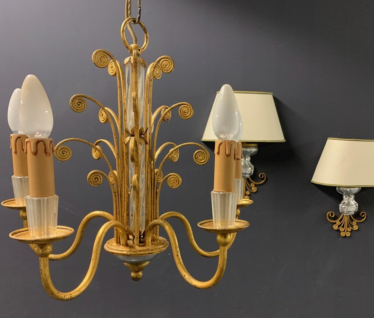 Amazing Maison Baguès Gilt and Crystal Glass Chandelier For Sale 3