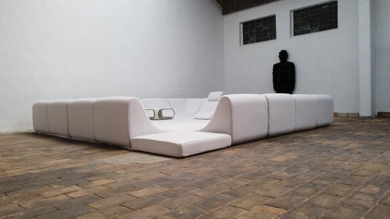 Amazing Space Age 'Pool' Modular Sofa, Luigi Colani for Rosenthal Germany, 1970 For Sale 9
