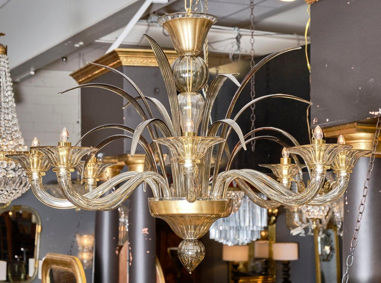 Amber and Smoked Murano Glass Chandelier In Good Condition For Sale In Austin, TX