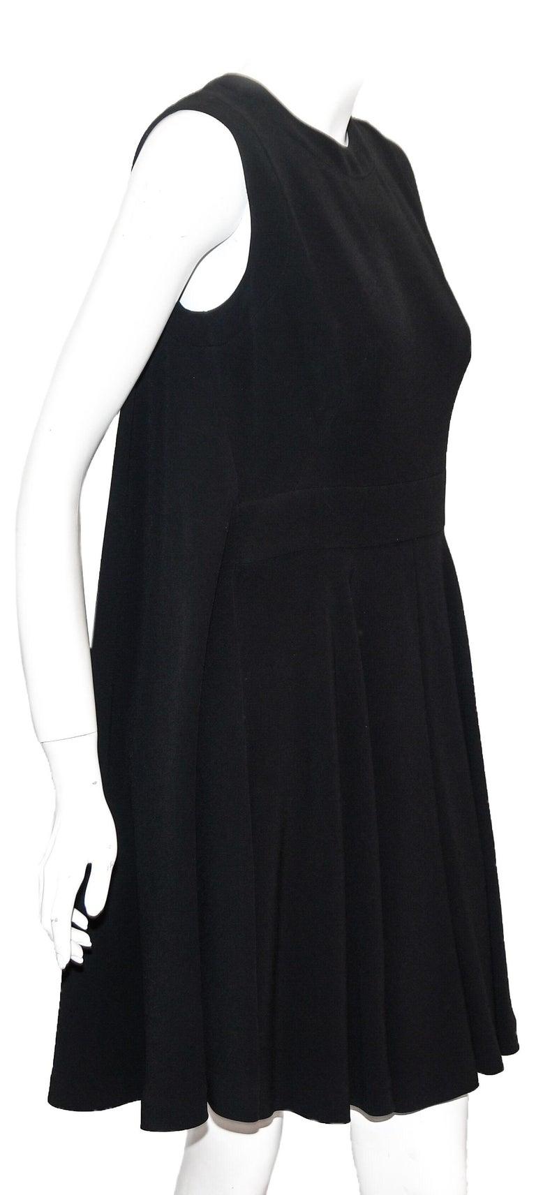 Women's Ambitious Alexander McQueen Black Paneled Sleeveless Dress For Sale