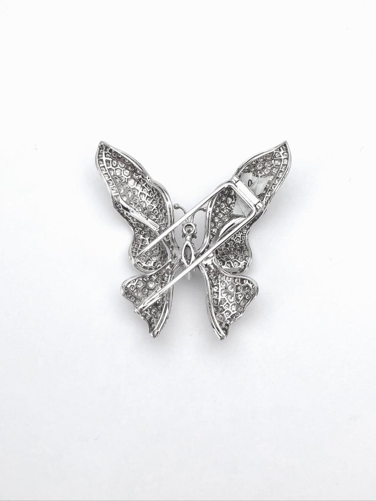 Ambrosi 18 Karat White Gold, 7.38 Carat Diamond Butterfly Brooch For Sale 1