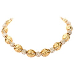 Ambrosi Elliptical 20.30 Carat Diamond 18 Karat Gold Choker Necklace