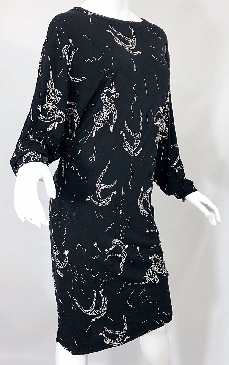 Amen Wardy 1980s Hand Painted Novelty Harlequin Print Black and White 80s Dress For Sale 10