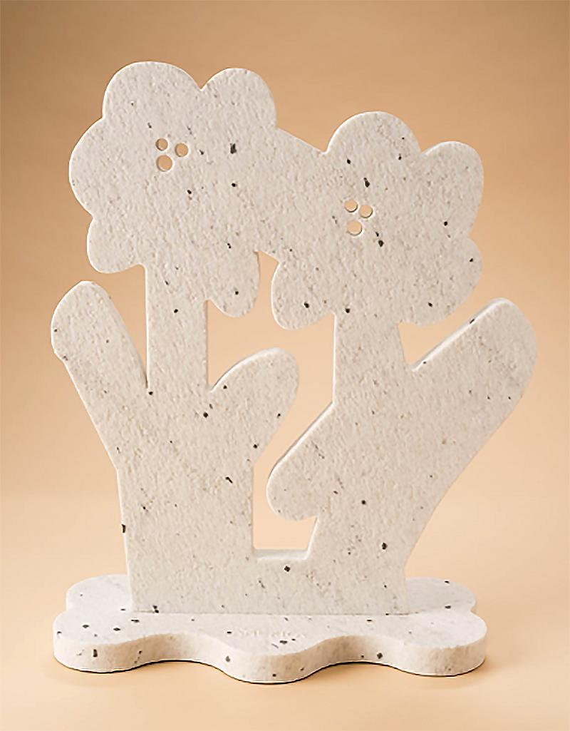 Flowers for Warhol Tall_2021_America Martin_Sand Blasted Pepper Marble Sculpture