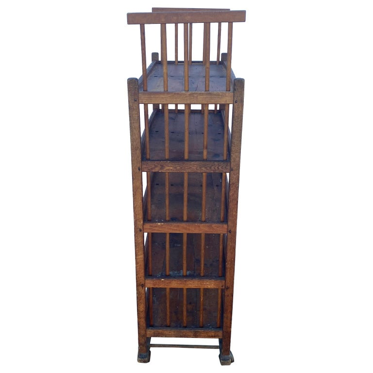 American 1930s Wooden Bread Rack Or Cart In Good Condition For Sale In Haddonfield, NJ