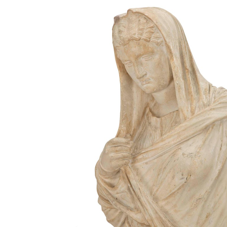 American 19th Century Plaster Statue of a Classical Maiden For Sale 2