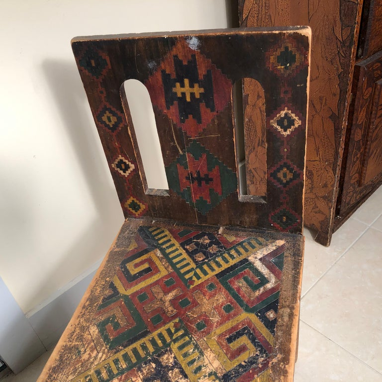 American Antique Hand-Incised & Painted Wood Bench, Unique Native American, 1910 For Sale 7
