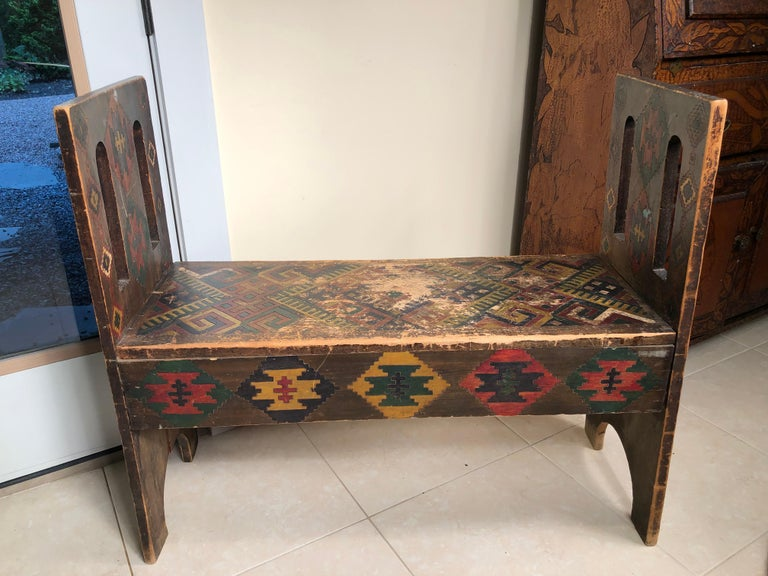 American Antique Hand-Incised & Painted Wood Bench, Unique Native American, 1910 For Sale 1