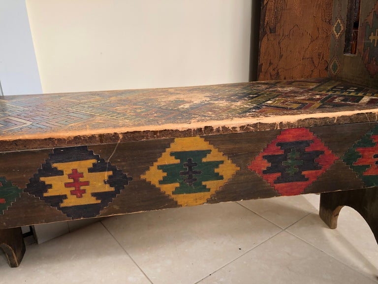 American Antique Hand-Incised & Painted Wood Bench, Unique Native American, 1910 For Sale 2