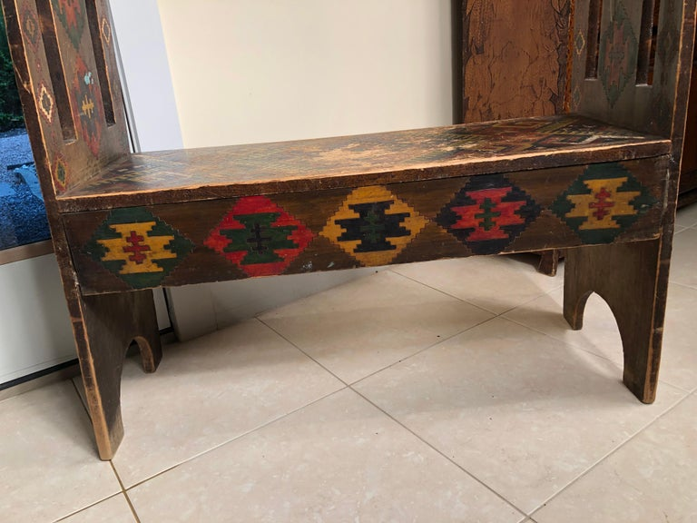American Antique Hand-Incised & Painted Wood Bench, Unique Native American, 1910 For Sale 3