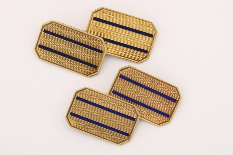 American Art Deco 14 Karat Yellow Gold and Guilloche Enamel Cufflinks In Excellent Condition For Sale In New York, NY