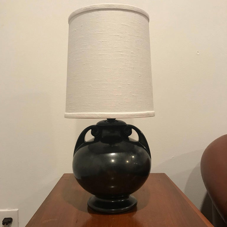 American Art Deco 1930 Art Pottery Table Lamp For Sale 4