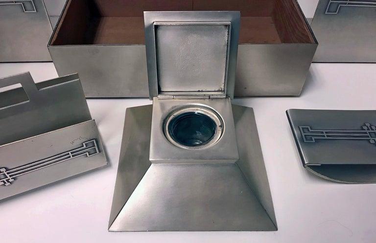 American Art Deco Desk Set Heintz Art Metal Shop In Good Condition For Sale In Toronto, ON