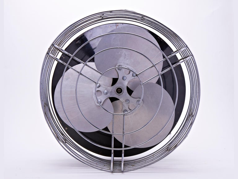 Enameled American Art Deco/Machine Age Chrome and Enamel Command-Air Lateral Floor Fan For Sale