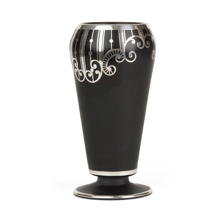 American Art Deco Rockwell Silver Overlay Glass Vase In Good Condition In Bishop's Stortford, Hertfordshire