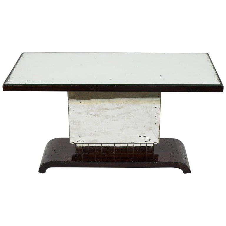 American Art Deco Side Table or Small Coffee Table For Sale