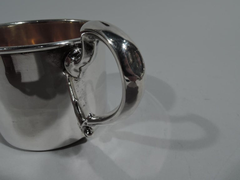 American Art Deco Sterling Silver and Enamel Drumming Clown Baby Cup In Good Condition For Sale In New York, NY