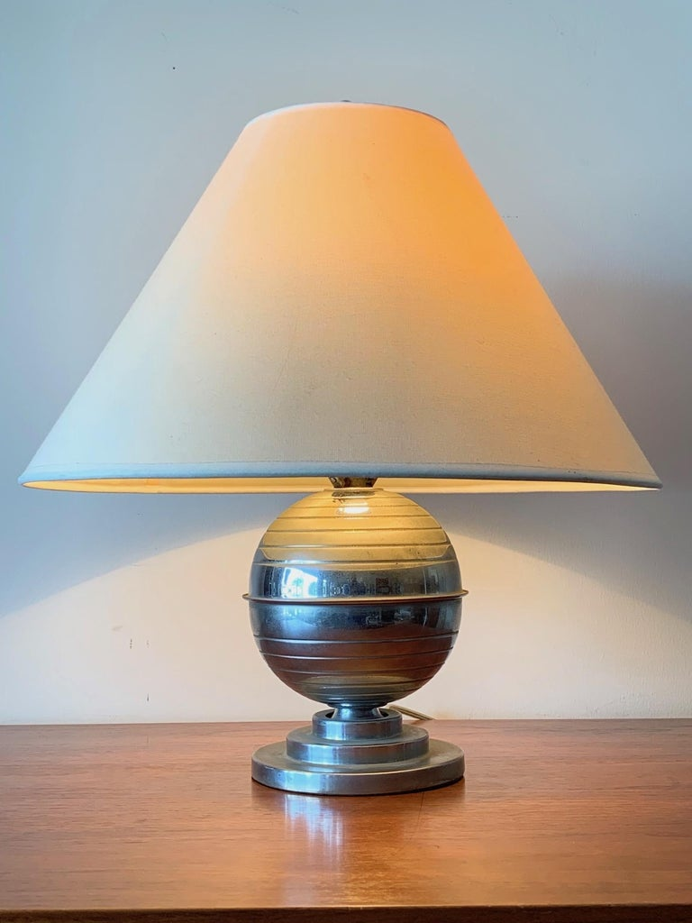 American Art Deco Table Lamp For Sale 2