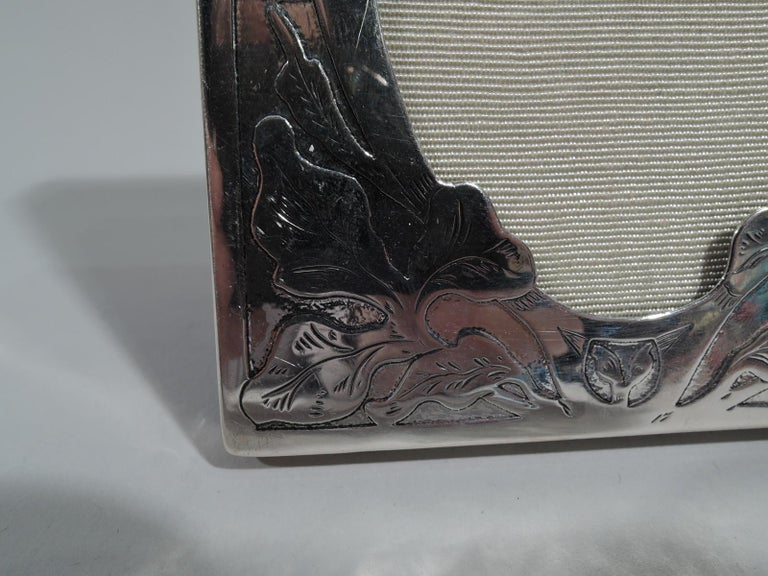 American Art Nouveau Sterling Silver Picture Frame by International In Good Condition For Sale In New York, NY