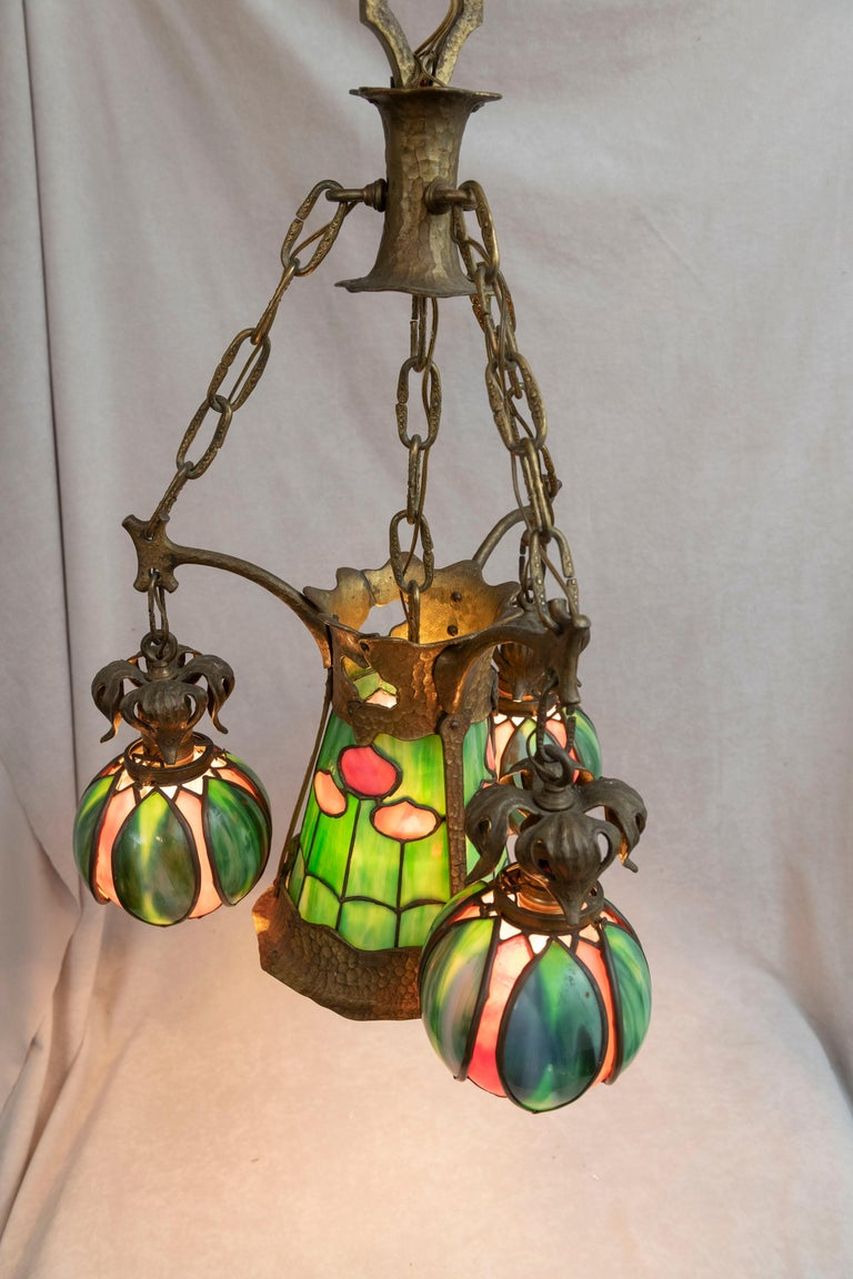 American Arts & Crafts/ Art Nouveau Leaded Glass 4 Light Chandelier, circa 1910 For Sale 3