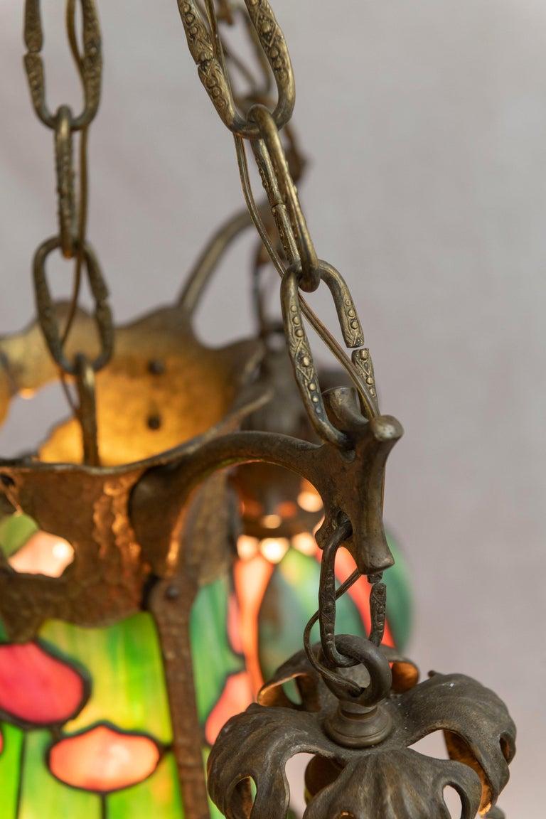 American Arts & Crafts/ Art Nouveau Leaded Glass 4 Light Chandelier, circa 1910 For Sale 6