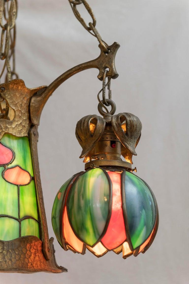 20th Century American Arts & Crafts/ Art Nouveau Leaded Glass 4 Light Chandelier, circa 1910 For Sale