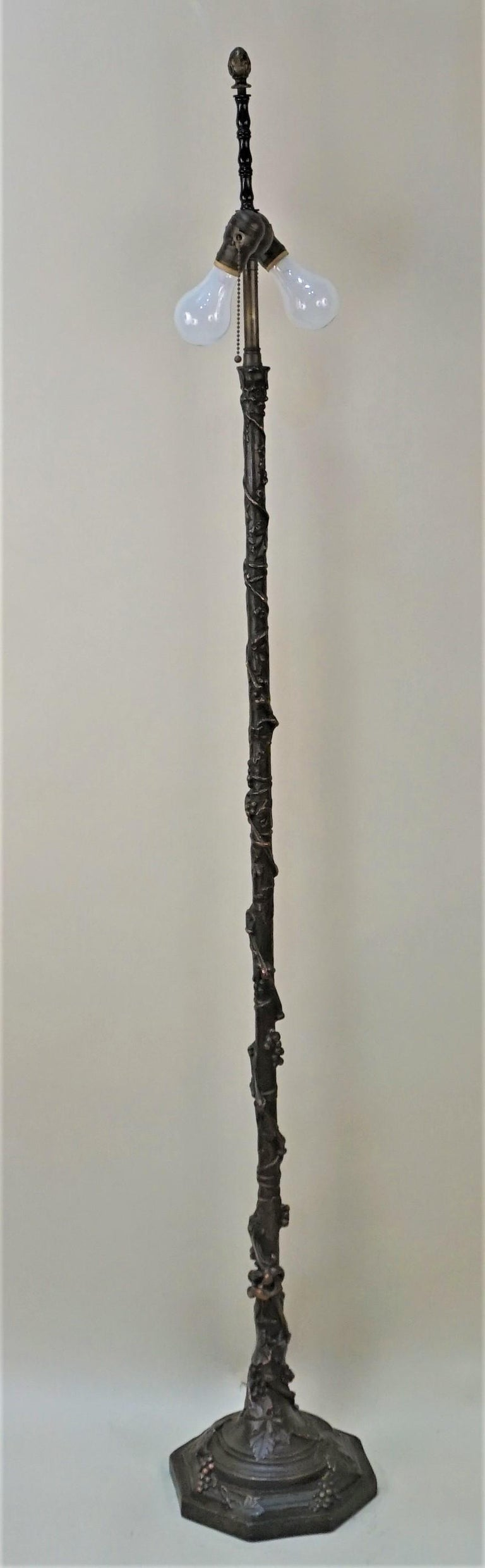 American Arts & Crafts Copper Floor Lamp In Good Condition For Sale In Fairfax, VA