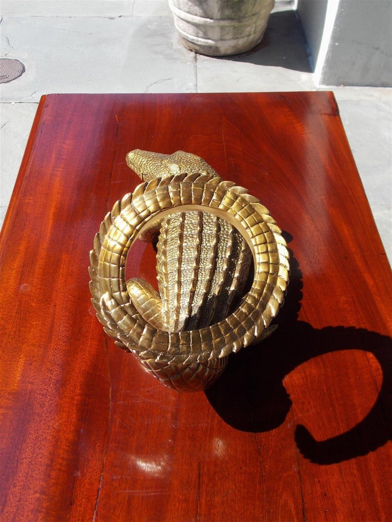 American Cast Brass Alligator Decorative Wine Bottle Holder, 20th Century In Excellent Condition For Sale In Charleston, SC