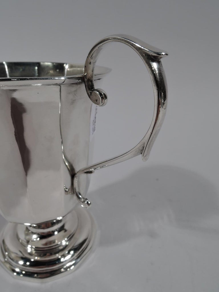American Classical Coin Silver Baby Cup by New York Maker In Excellent Condition For Sale In New York, NY