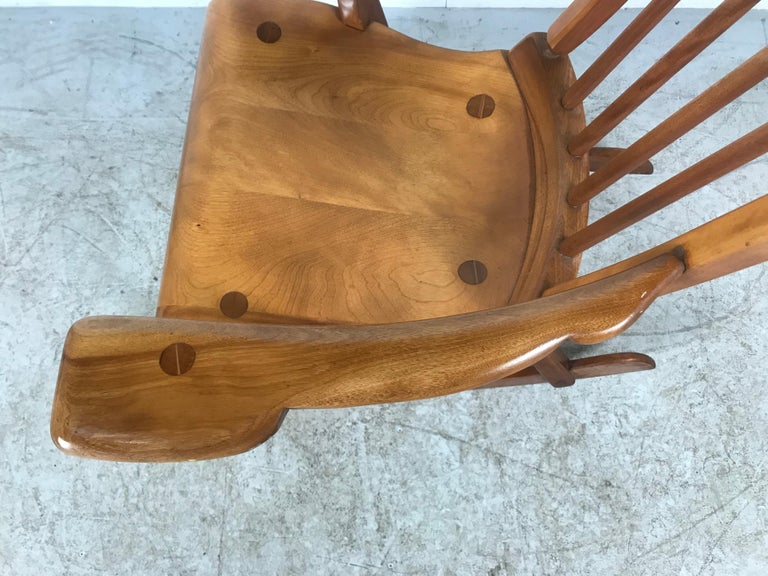 American Colonial Modernist Solid Maple Rocking Chair, Attrib Sikes Chair Co For Sale 3