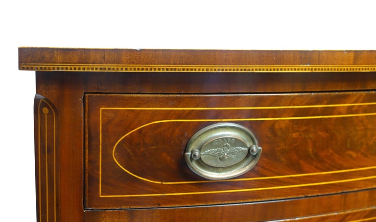 Brass American Federal Mahogany Bow Front Chest of Drawers, 19th Century, circa 1820 For Sale