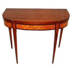 American Federal Period Hepplewhite Tea Table Mahogany and Birdseye Maple