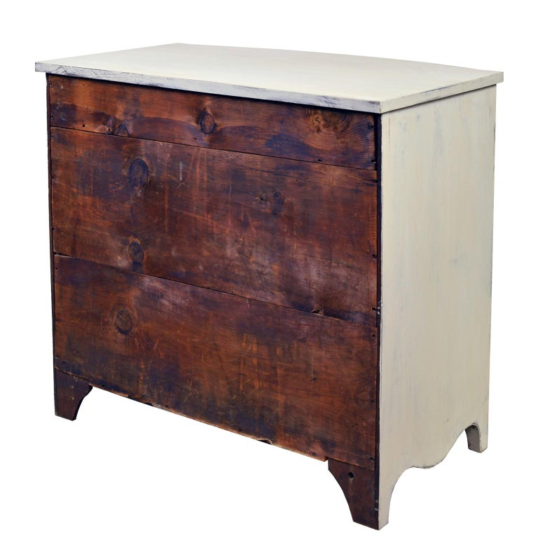 Poplar American Hepplewhite Chest of Drawers with Gustavian Grey-White Paint For Sale