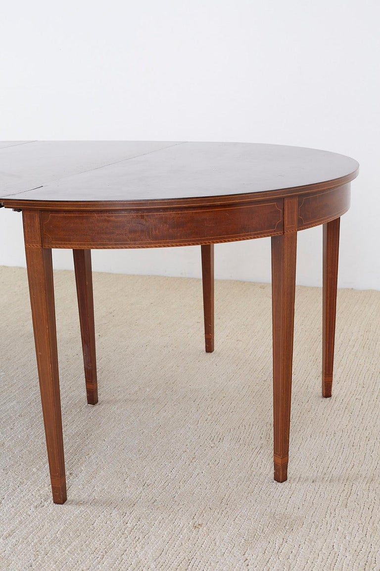 American Hepplewhite Style Mahogany Banquet Dining Table For Sale 8