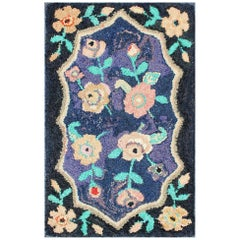 American Hooked Rug in Floral Pattern with Medallion on Purple/Blue, Black