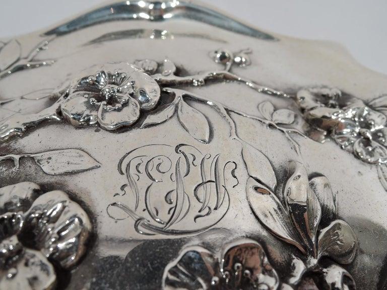 American Japonesque Art Nouveau Sterling Silver Geisha Vanity Set For Sale 1