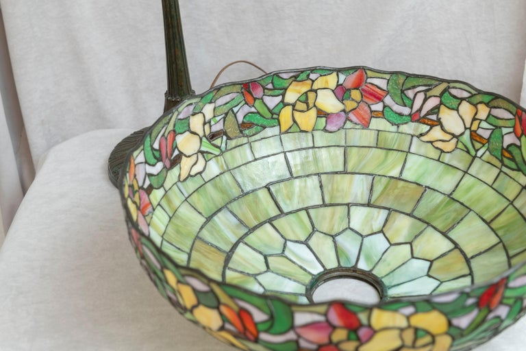 Metal American Leaded Glass Table Lamp by Wilkinson, circa 1910 For Sale