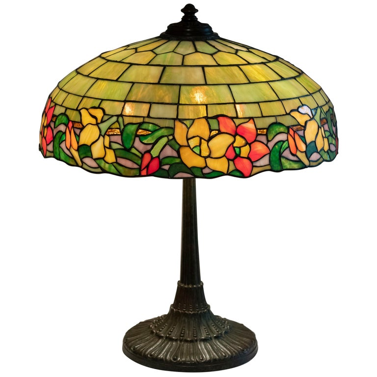 American Leaded Glass Table Lamp by Wilkinson, circa 1910 For Sale