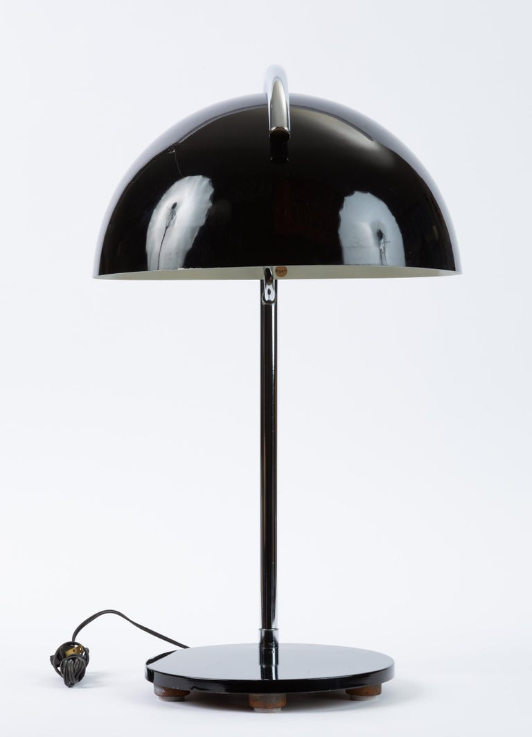 Mid-Century Modern American-Made Table Lamp with Mushroom Shade For Sale