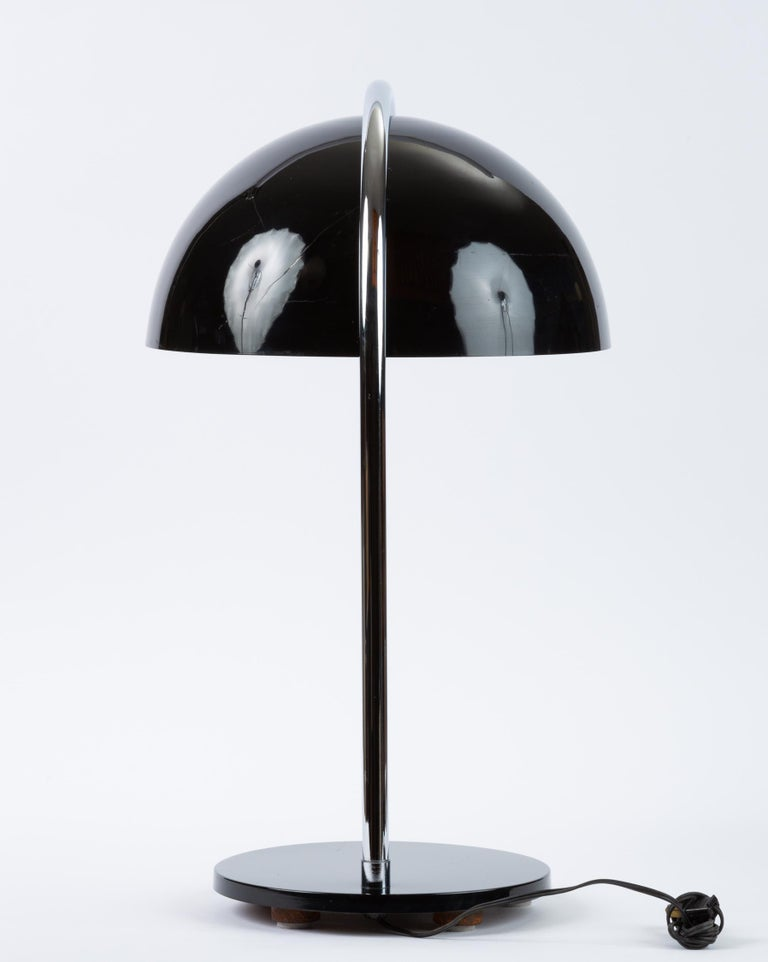 20th Century American-Made Table Lamp with Mushroom Shade For Sale
