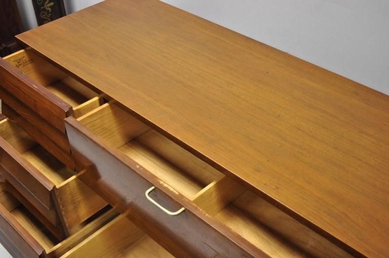 American Martinsville Walnut Louvered Drawer Mid Century Modern Dresser Credenza For Sale 5