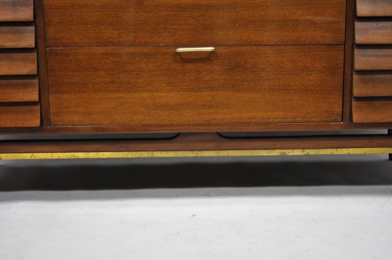 American Martinsville Walnut Louvered Drawer Mid Century Modern Dresser Credenza For Sale 4