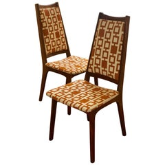 American Mid-Century Modern Pair of Tall Back Walnut Frames Chairs