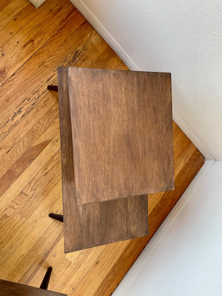 American Mid-Century Modern Pair of Walnut Step End Tables by Paul Frankl For Sale 1