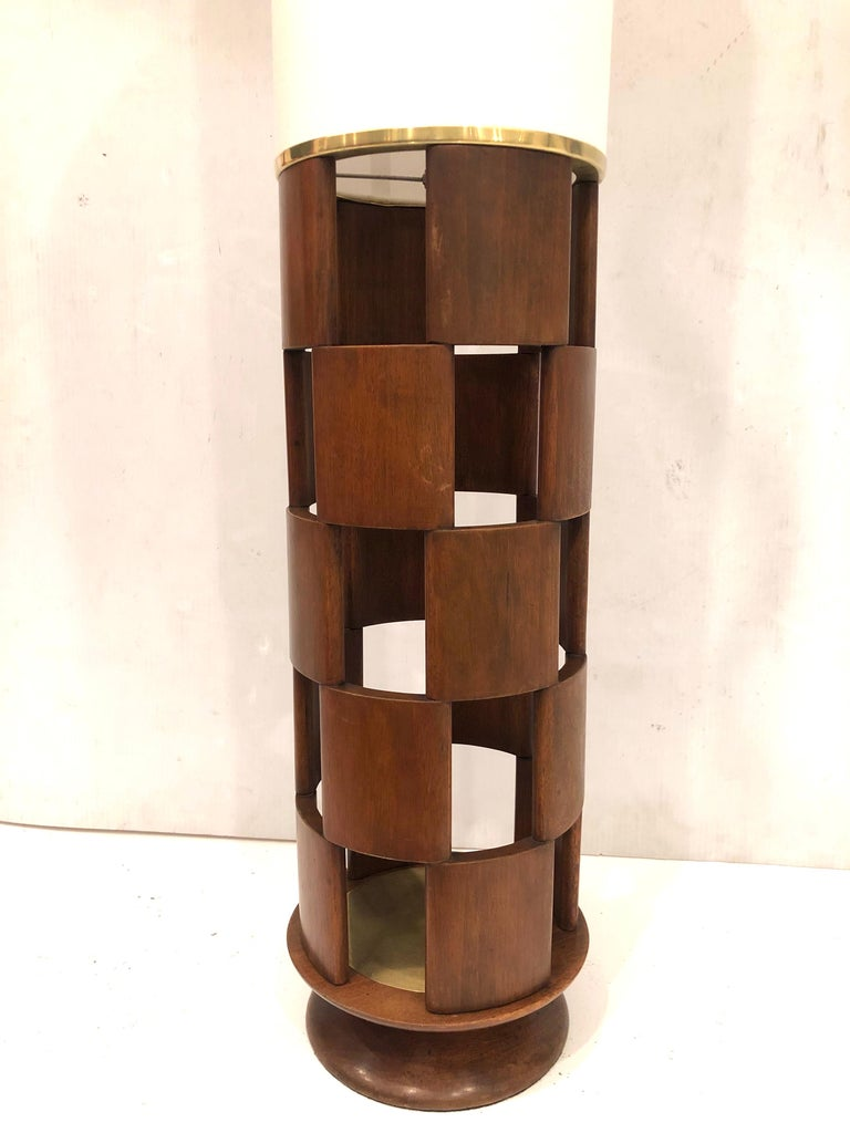 American Mid-Century Modern Tall Lamp by Modeline Lamp Company For Sale 1